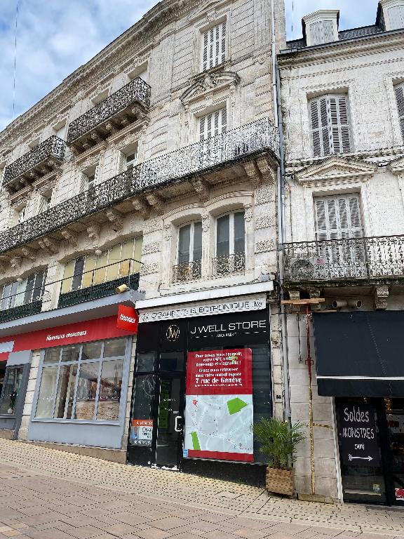 Local commercial à louer au centre-ville d\'Angoulême