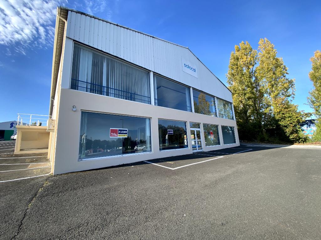 Bureaux 280 m² à louer L\'ISLE D\'ESPAGNAC