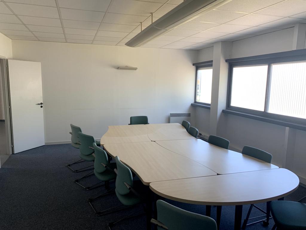 Bureaux 198 m² à louer à ANGOULEME