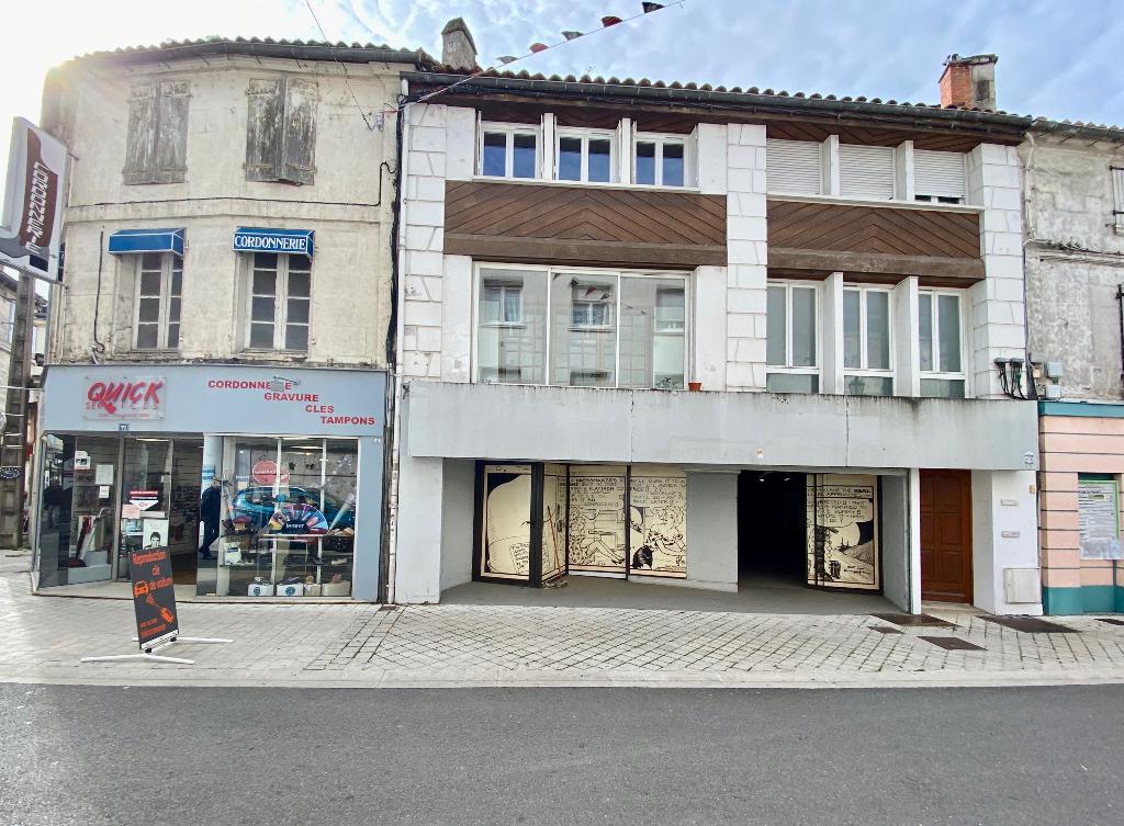 Local commercial 200 m² à louer à ANGOULEME