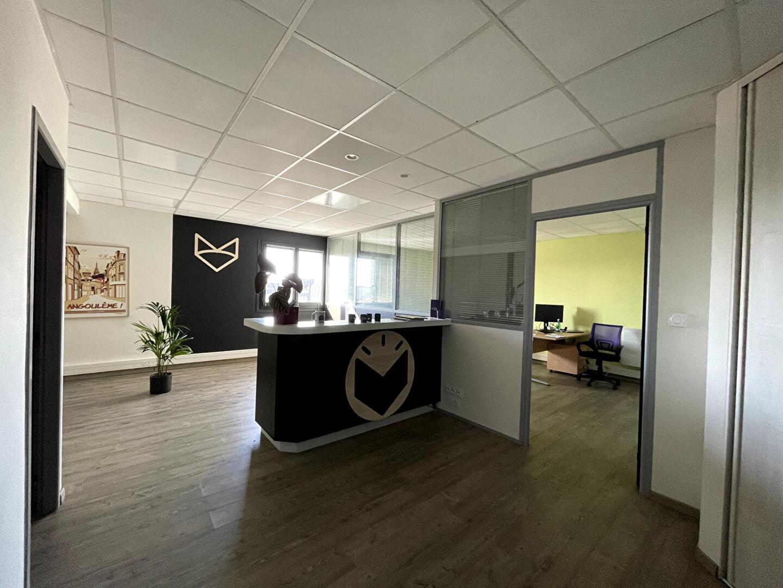 Bureaux 65 m² à louer à ANGOULEME