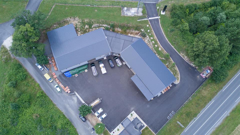 Ensemble de locaux d\'activités 860 m² à vendre à SAINT YRIEIX SUR CHARENTE