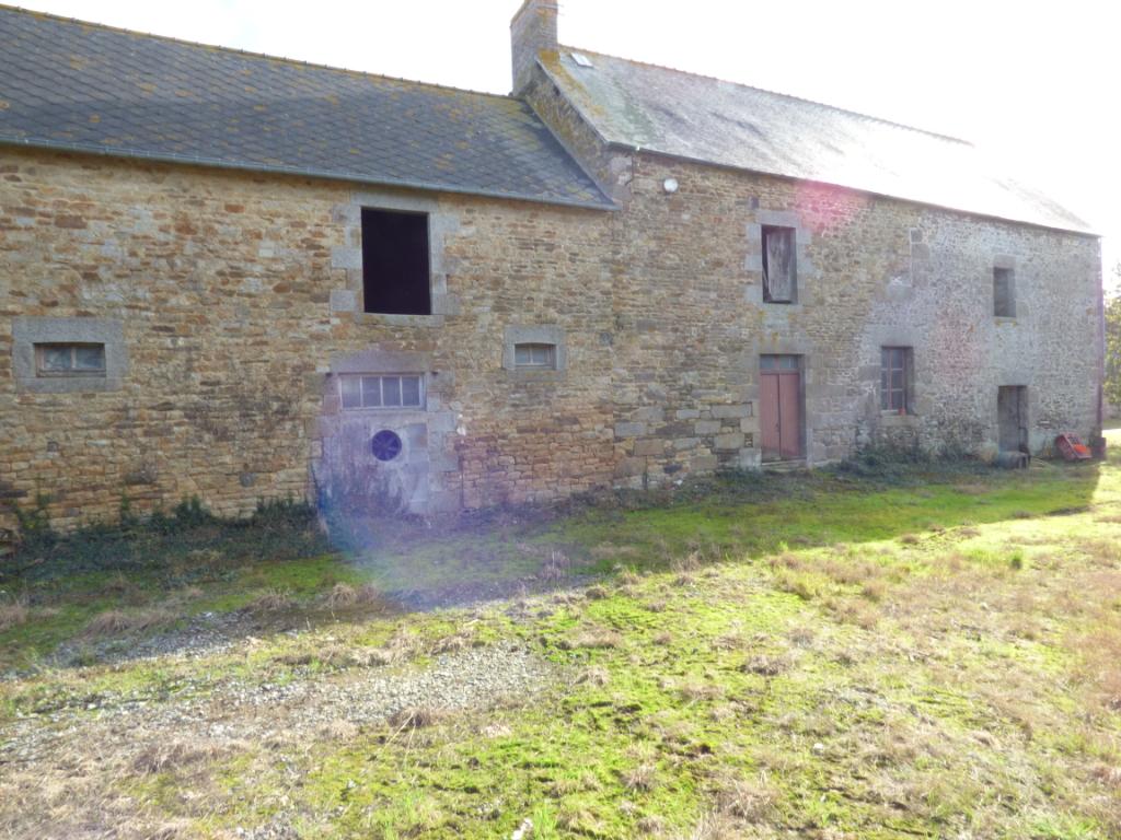 A rénover Bazouges La Perouse - 7 pièces- 300.00 m2