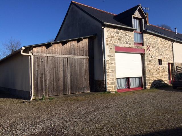 Maison en pierre Bazouges Sous Hede - 5 pièce(s) - 124.00 m2