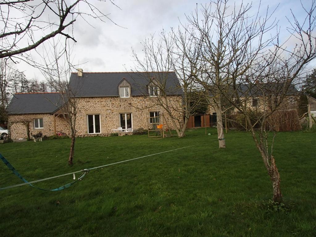 Longère rénovée St Remy Du Plain - 6 pièce(s) - 115.00 m2