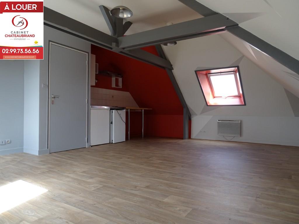 Studio Combourg - 1 pièce(s) - 33.00 m2
