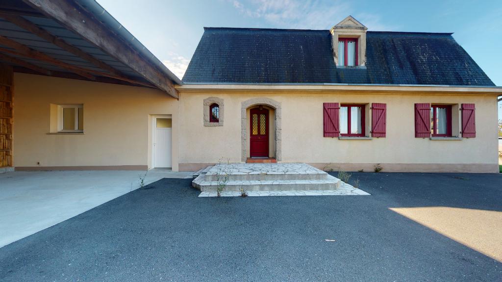 Maison de bourg SENS DE BRETAGNE- 8 pièce(s) - 197 m²