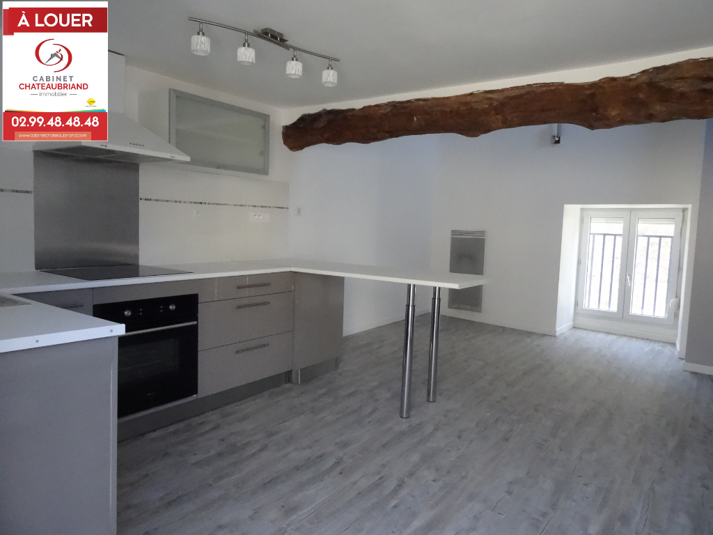 A LOUER - ROZ SUR COUESNON - T1BIS EN DUPLEX - 34 m² - CELLIER - TERRASSE