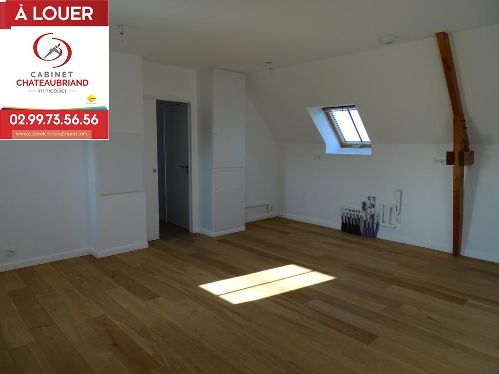 Appartement Pleugueneuc 3 pièce(s) 101.98 m2