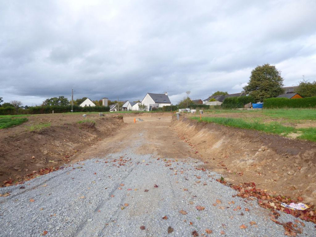 Terrains viabilisés hors lotissement 378 m², 401 m², 411 m², 412 m² à SENS DE BRETAGNE