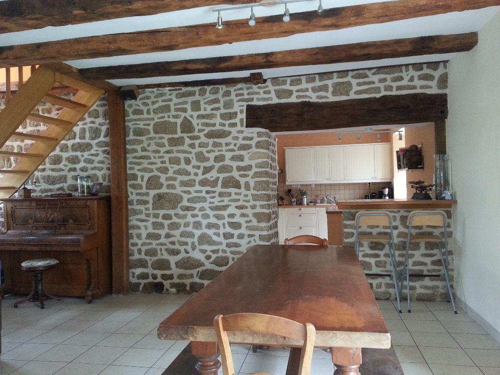 Maison entre Sens de Bretagne et Combourg 4 chambres, garage, jardin