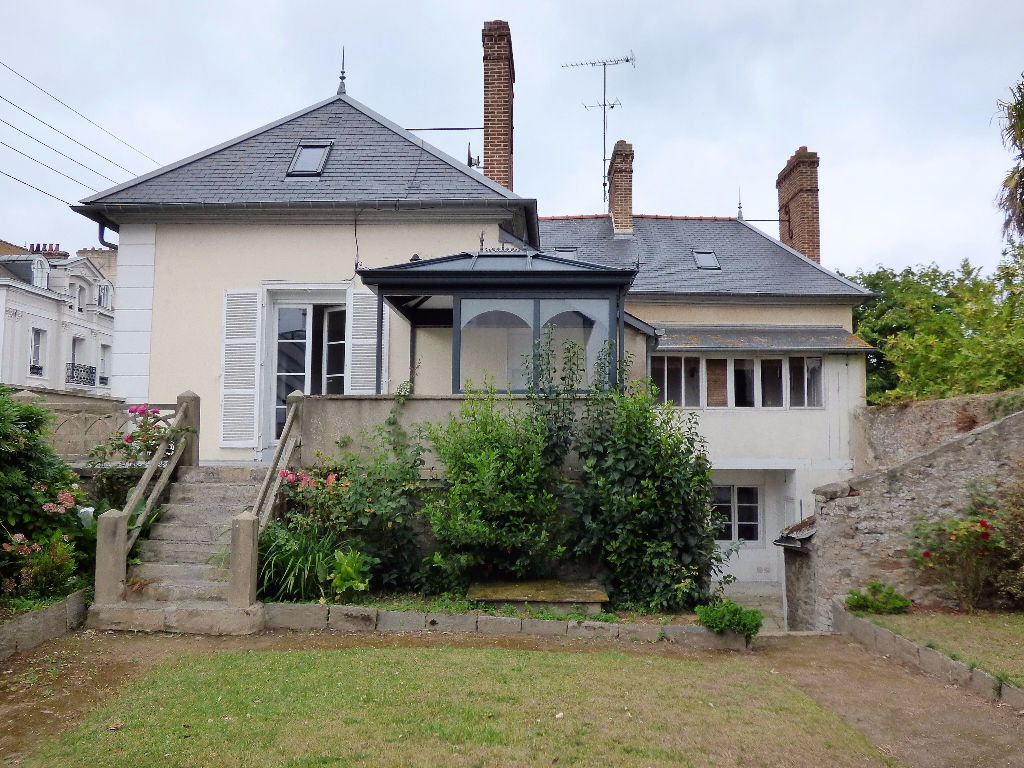 Maison Saint Malo 9 pièce(s) 260 m2