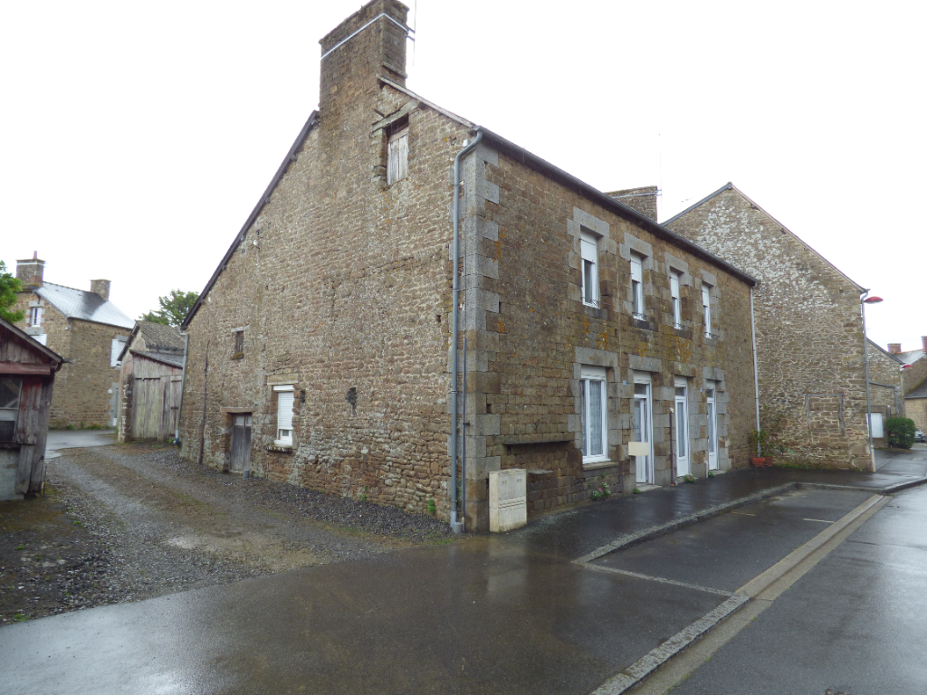 Maison de Bourg Sens De Bretagne 9 pièce(s) 250 m2