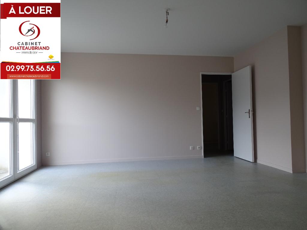 Appartement Combourg 3 pièce(s) 60 m2
