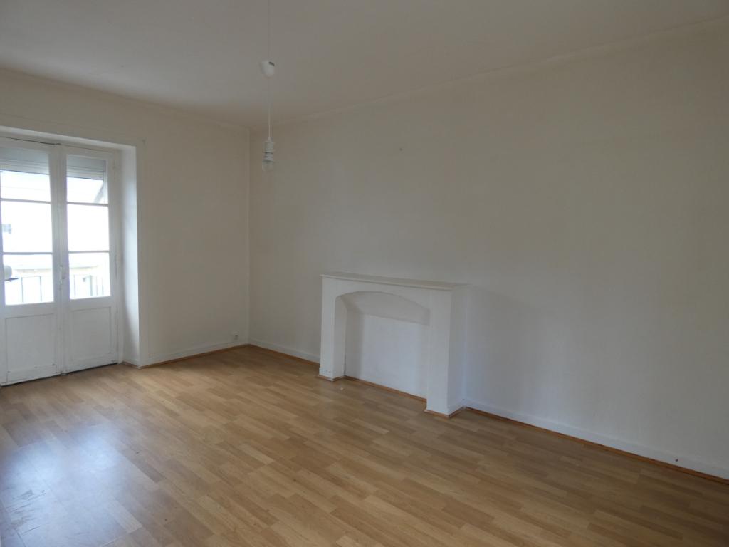 Appartement 2 pièces SAINT SERVAN CENTRE, 49m2