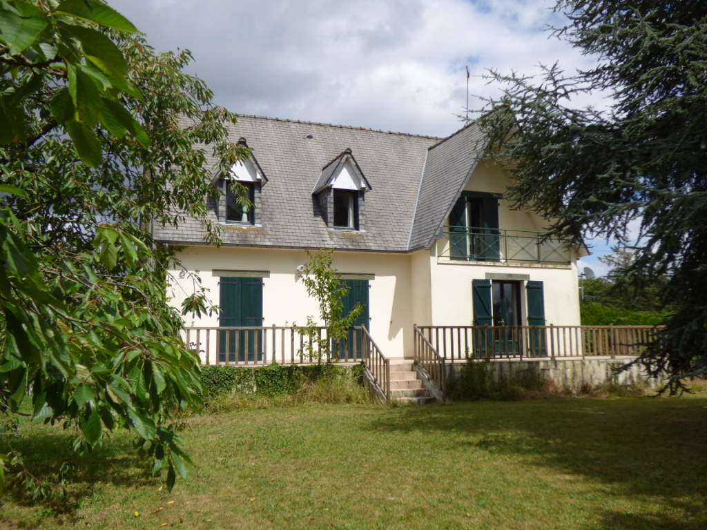 Sougeal - Maison 155 m² - 4 chambres