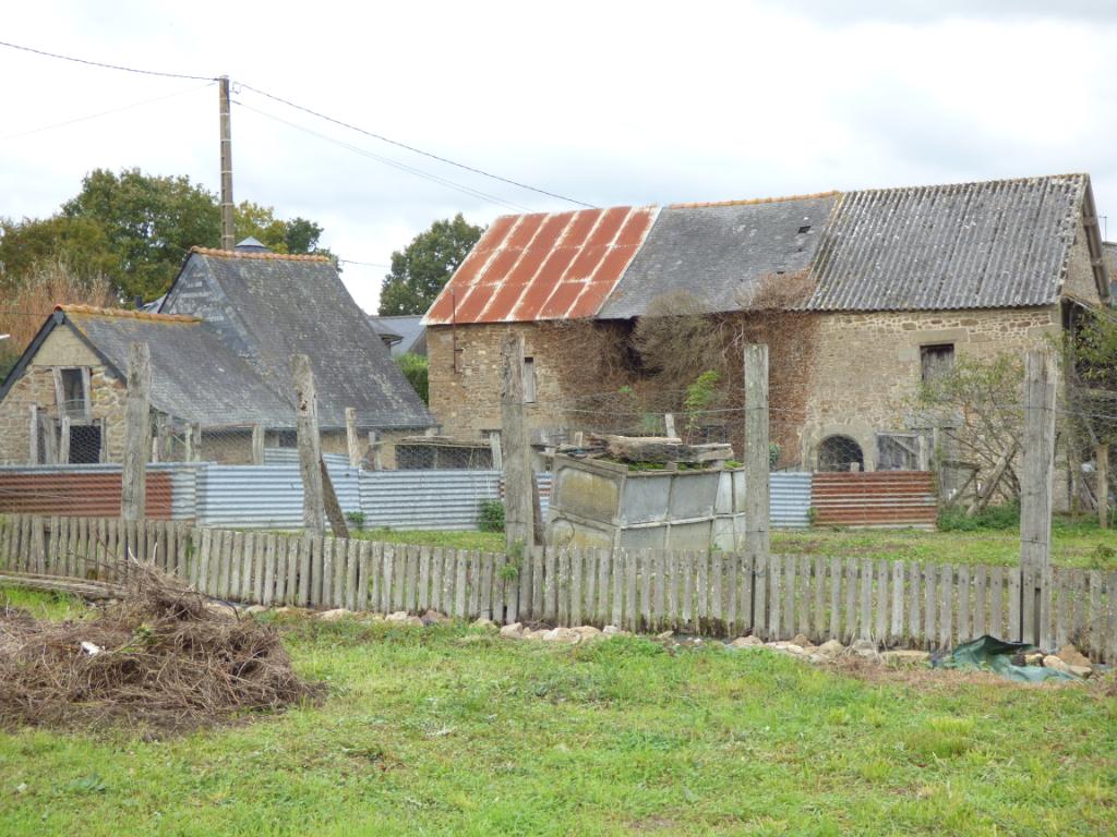 COMPROMIS DE VENTE SIGNÉ Ensemble immobilier en pierres Proche Sens de Bretagne 140 m2