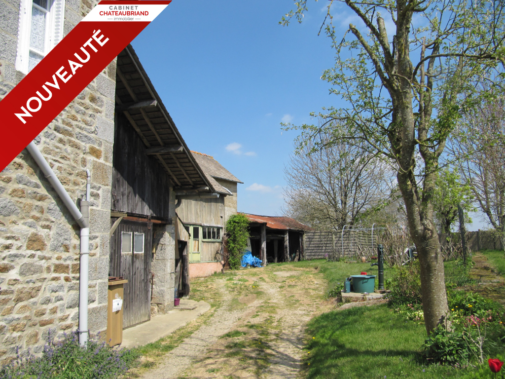 Maison A 40 KM de Rennes, 10 KM de Sens de Bretagne,  sur un beau jardin de 1010 m², 4 chambres, dépendances
