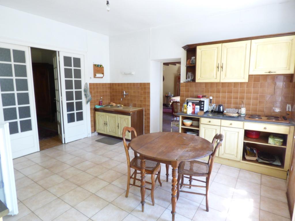 Maison à vendre Dol De Bretagne 5 pièces, 134m², 267m² de terrain.