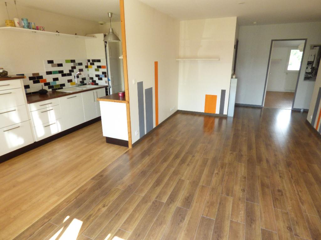 Appartement Montreuil Sur Ille 3 pièce(s) 63.09 m2