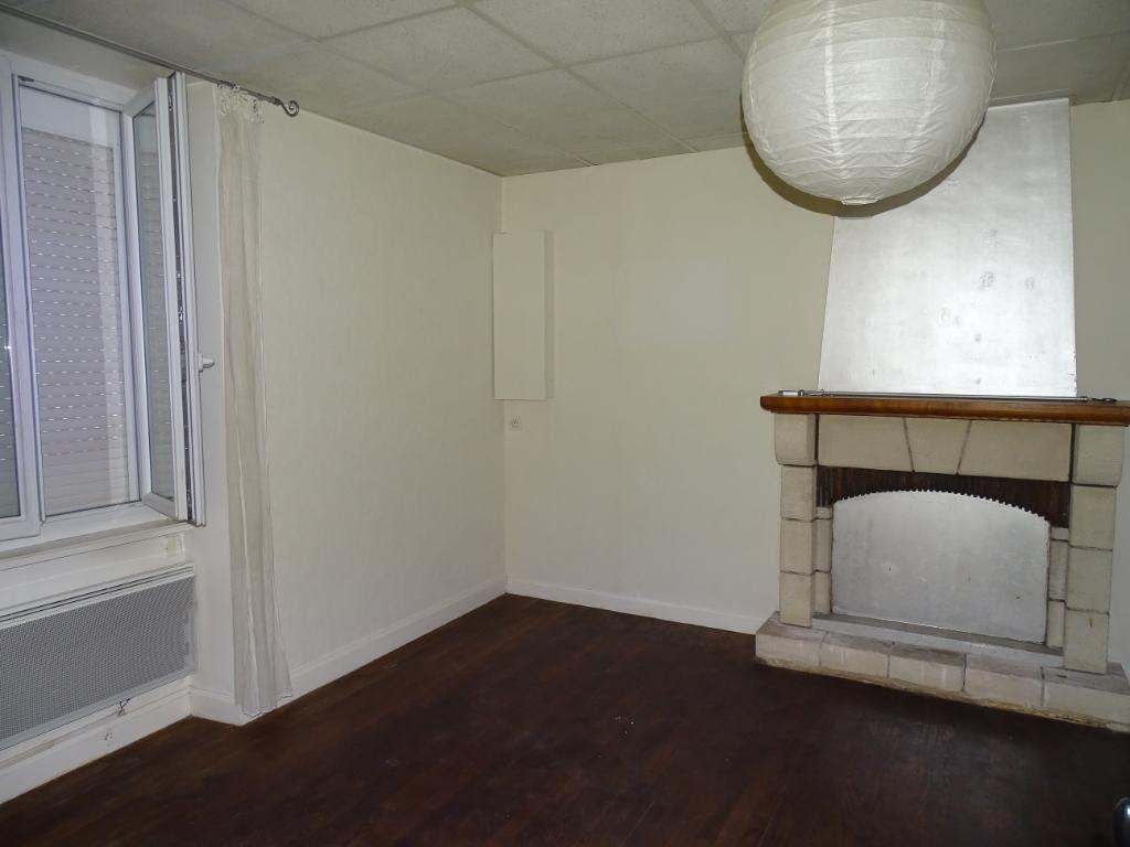 Appartement Combourg centre ville, proche commerces 2 pièce(s) 40 m2