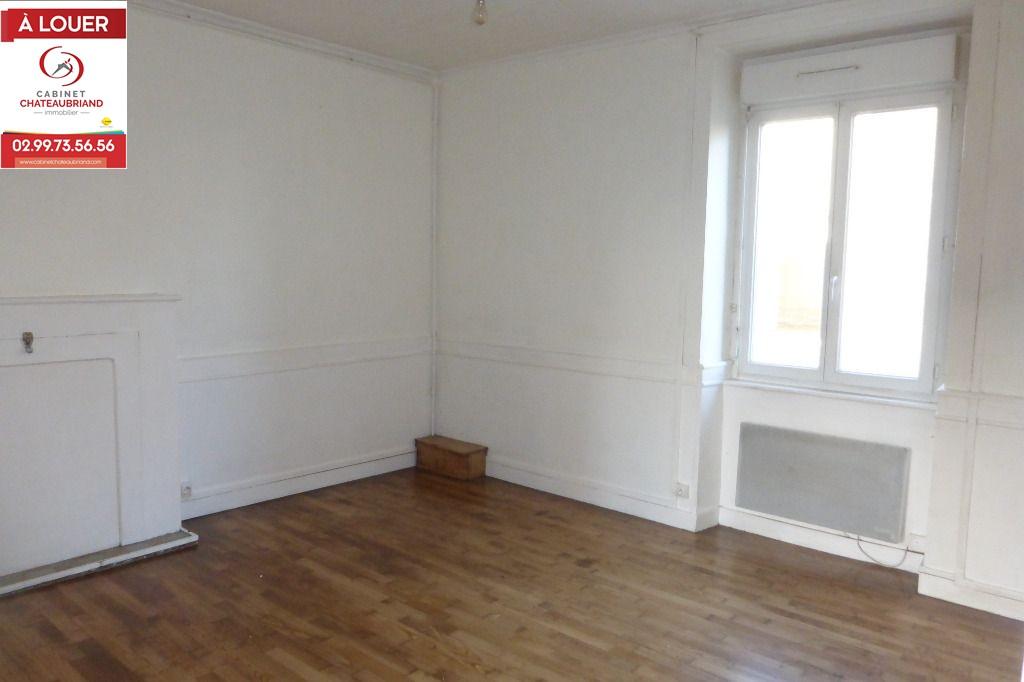 Maison Combourg 3 pièce(s) 72 m2