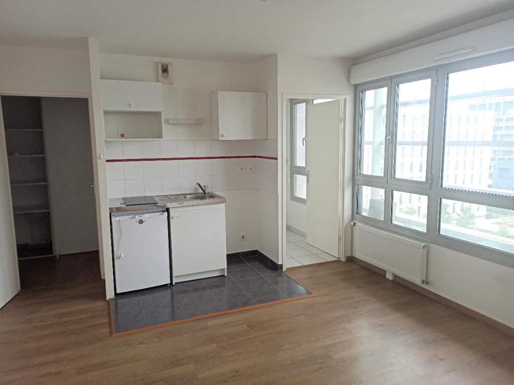 A louer Nantes 44 Gare sud, appartement T1