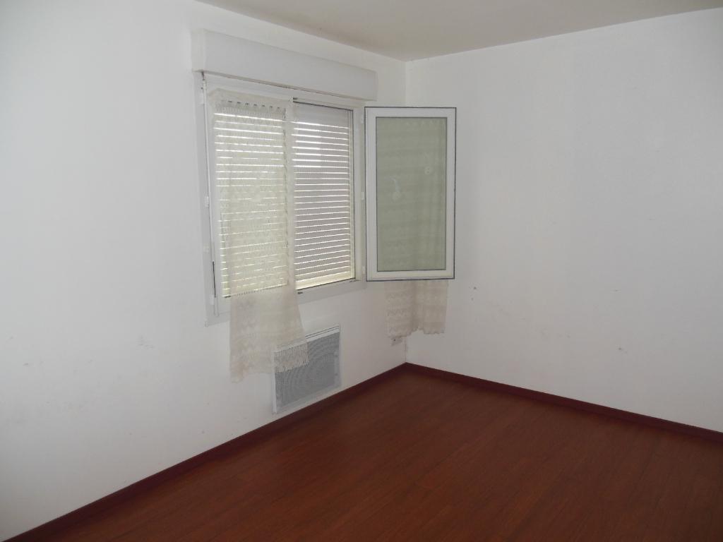 A louer - BESLE SUR VILAINE - Appartement T1 d'environ 26 m2