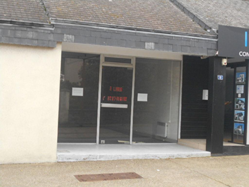 Muzillac Axe principal - Local commercial 57 m2