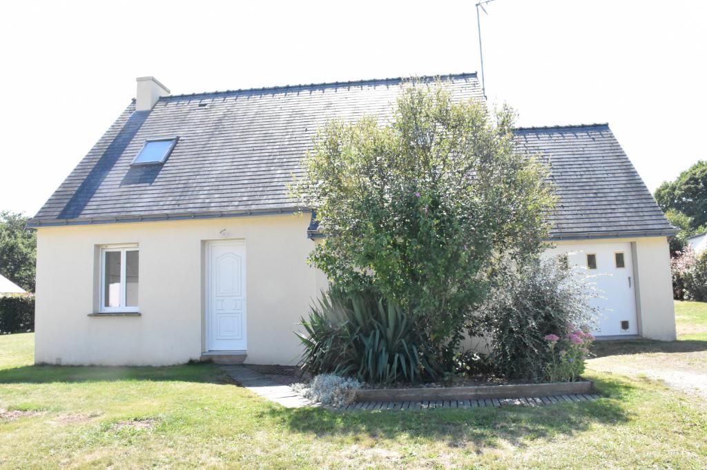 A VENDRE - Le Guerno - Maison  traditionnelle T5