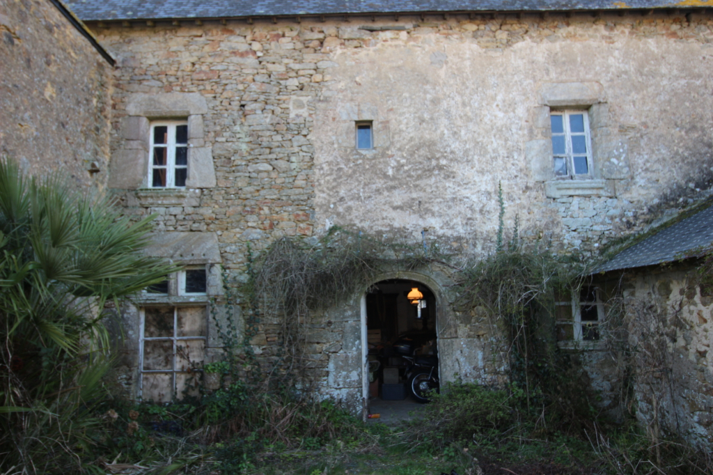 A VENDRE - Maison Arzal 2 pièce(s) 187 m2