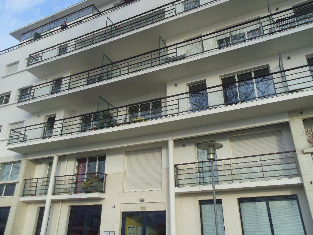 CITE DES CONGRES - Appartement de type 1 de 27 m2
