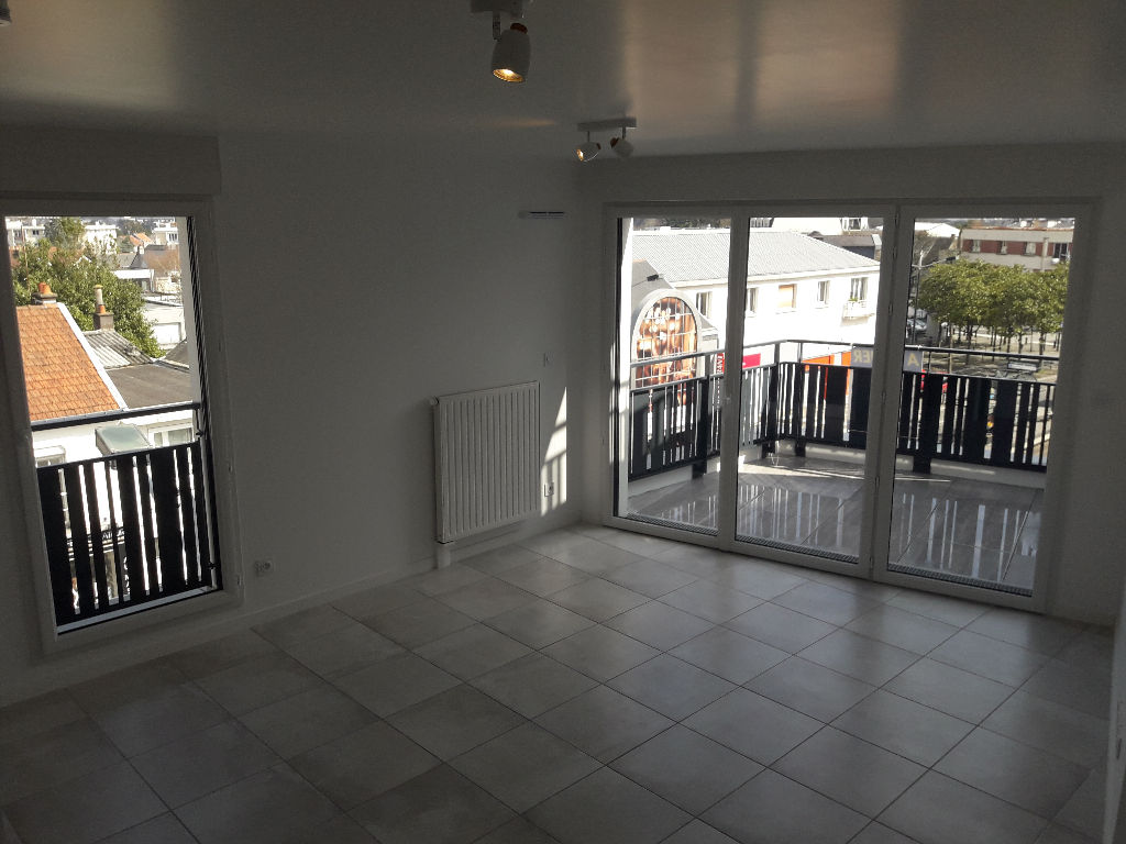 Appartement T2 + balcon + pk neuf