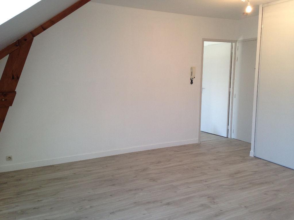 RÉPUBLIQUE - Appartement 2 pièces