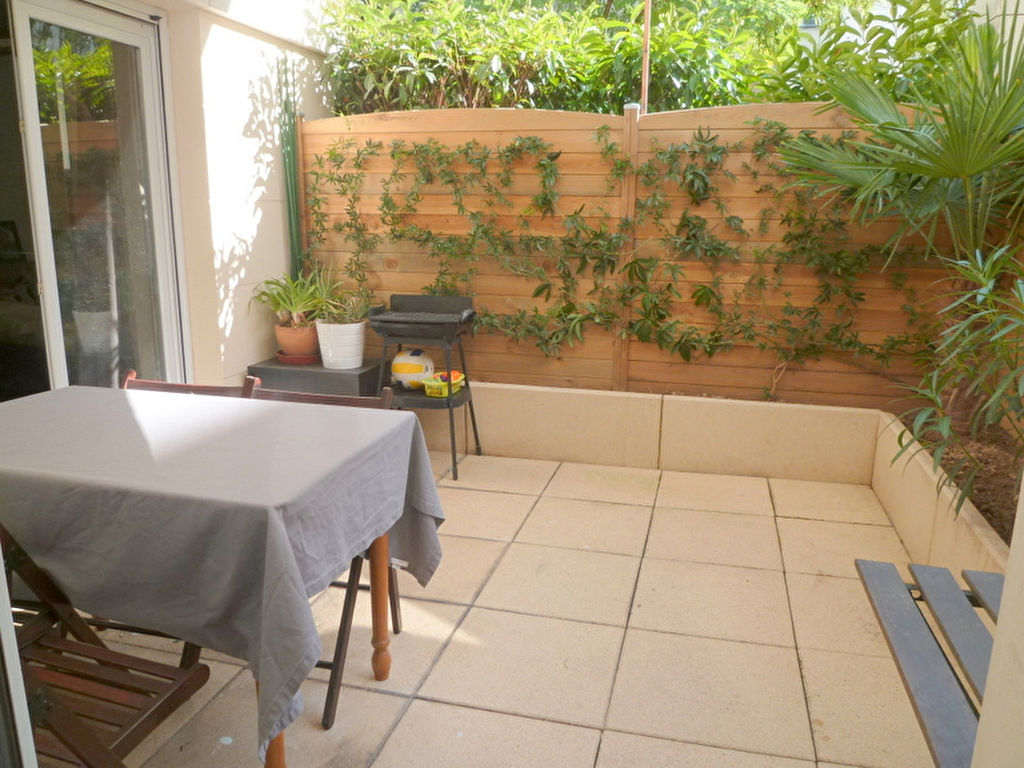 Bas de Suresnes appartement  2 pièce(s) 43 m2 avec terrasse