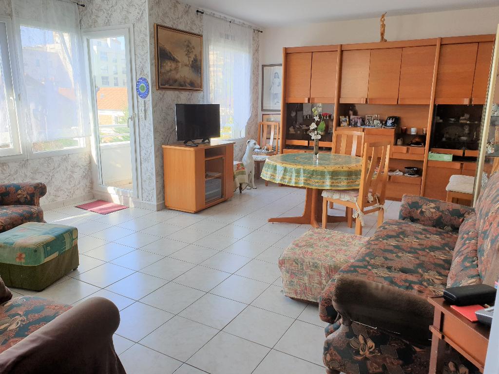 Nogent sur Marne,  centre-ville Appartement  4 pièce(s) 75 m2