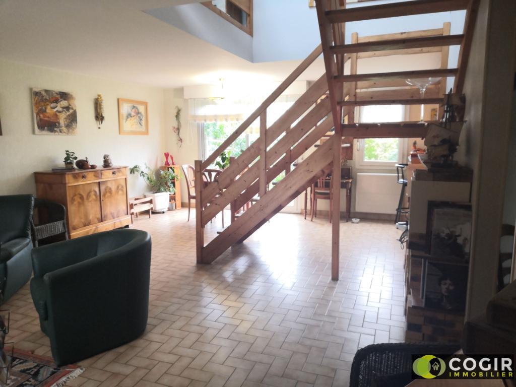 Maison Le Rheu 6 pièces 106 m2