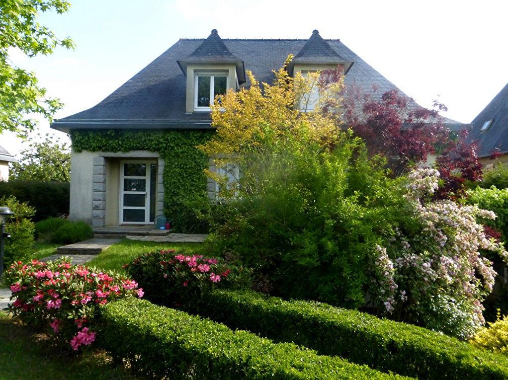 Maison Le Rheu 7 pièces 170 m²