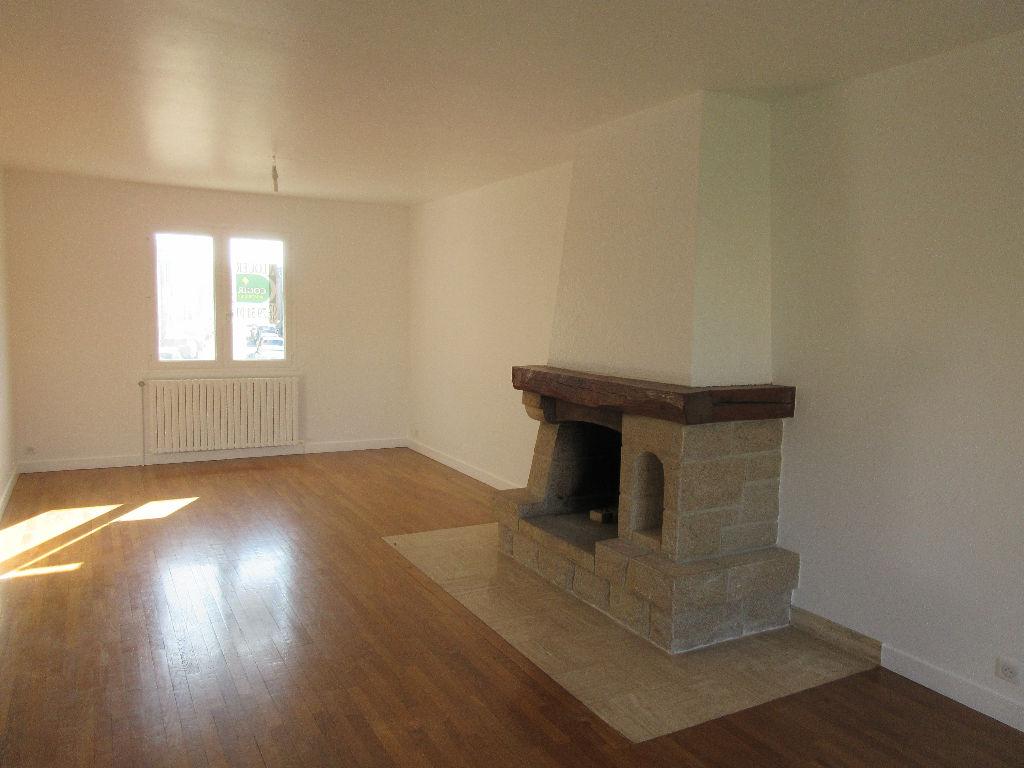 A LOUER- Maison 4 chambres - RENNES SACRES-COEURS