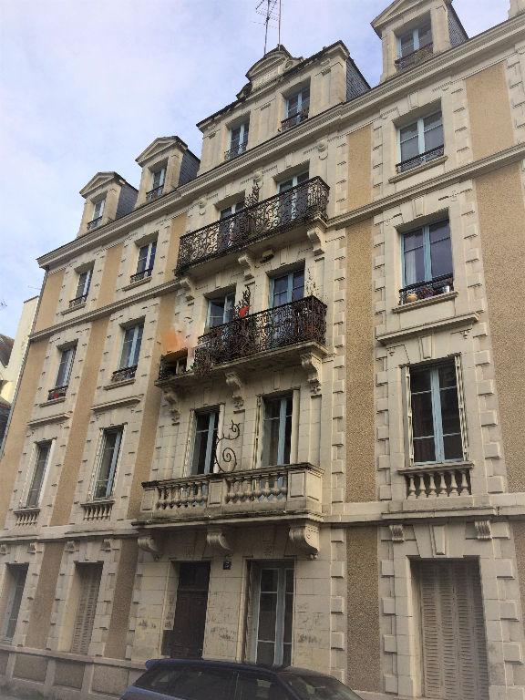 Appartement Type 3 avec cachet - Les Halles