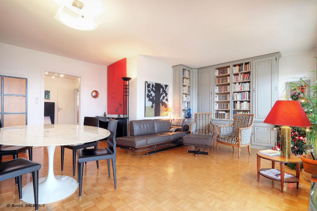 RENNES CENTRE-THABOR Appartement  8 pièce(s) 133. m2