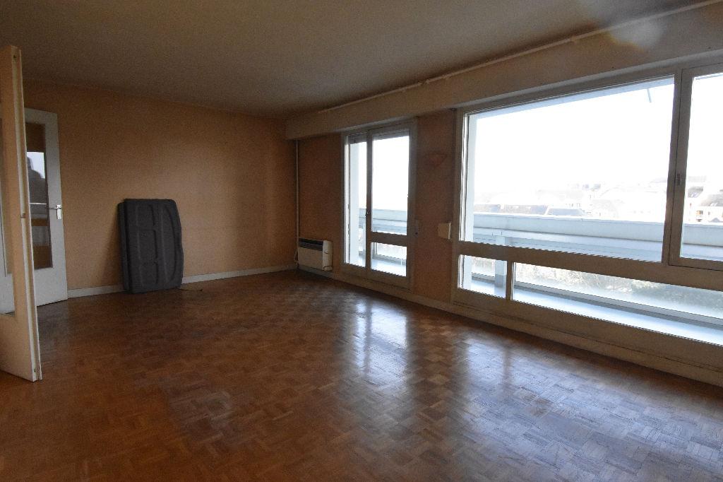 RENNES CENTRE BOURG LEVEQUE T3 74 m2