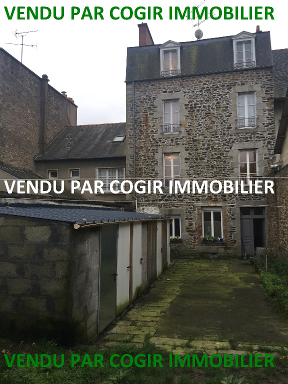 Immeuble Fougeres 250 m²
