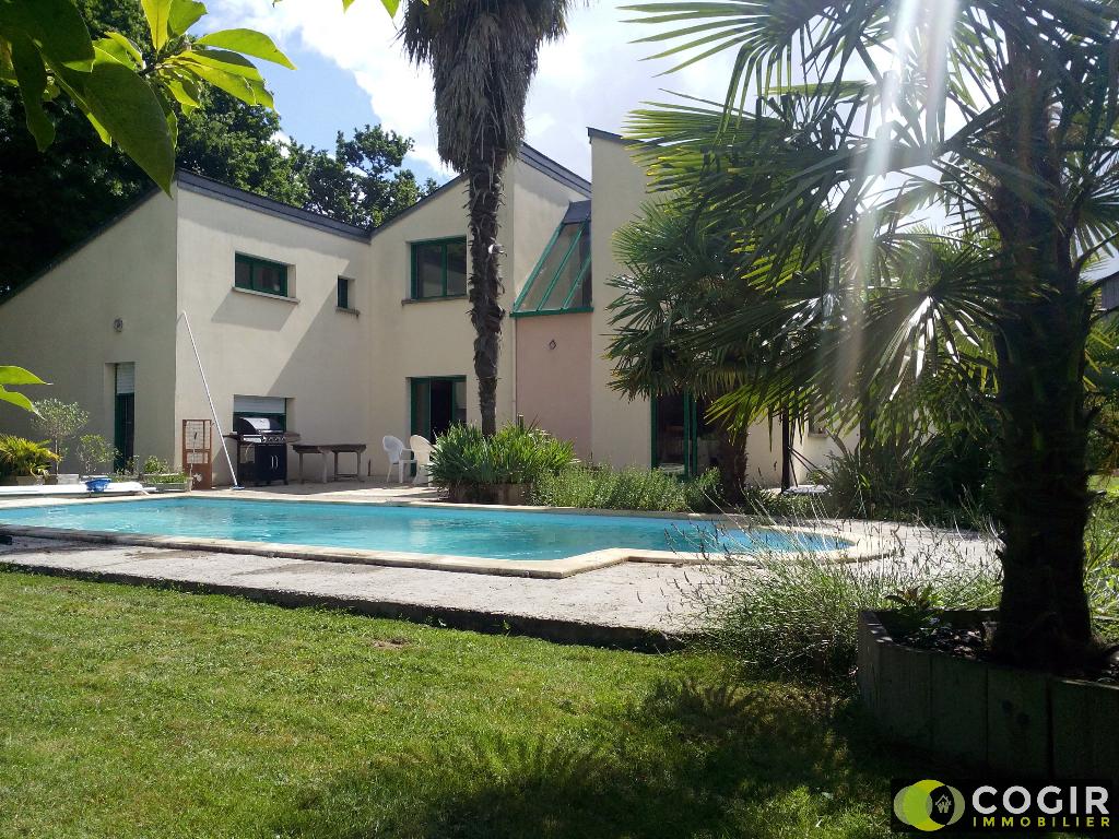 Maison Melesse 7 pièce(s) 180 m2