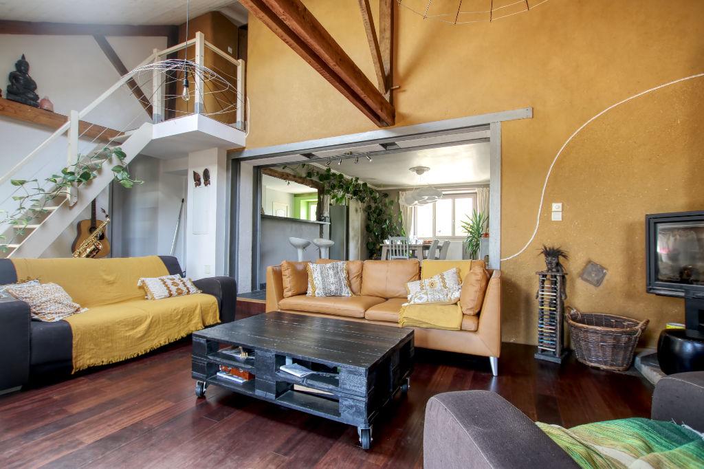 Maison Geveze 6 pièce(s) 168 m2