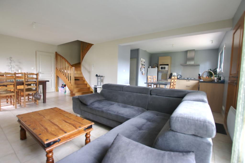 Maison Guipel 6 pièce(s) 117 m2