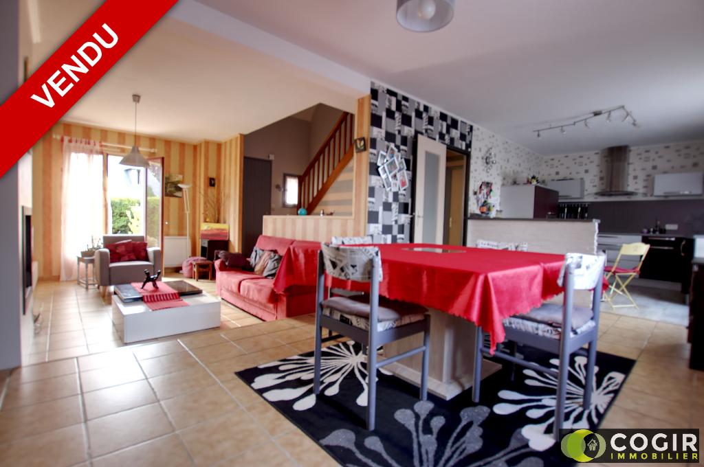 Maison Chevaigne 5 pièce(s) 102 m2