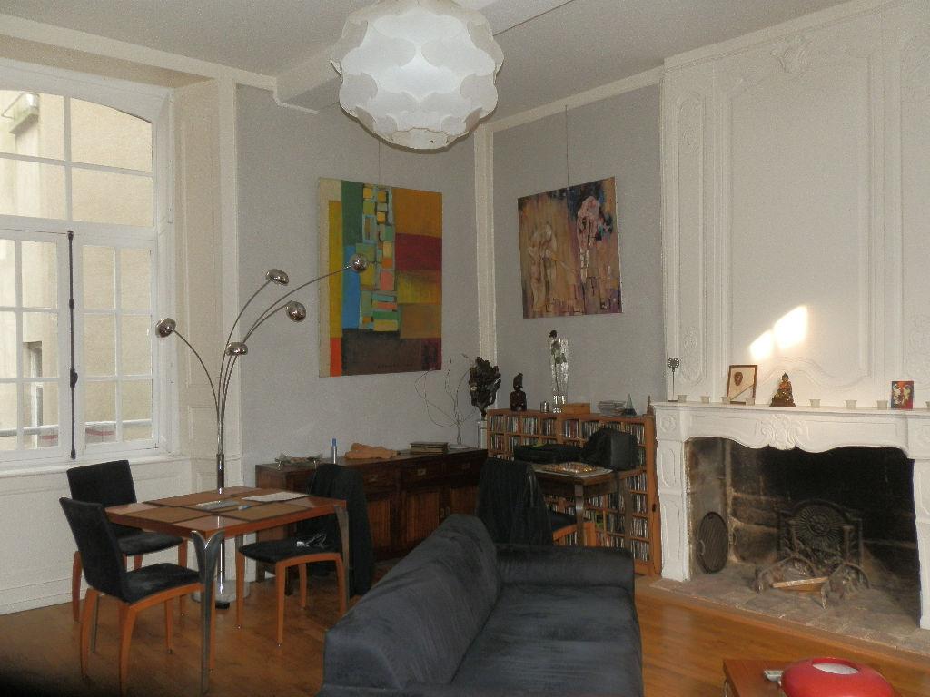Appartement Fougeres 3 pièce(s) 71 m2