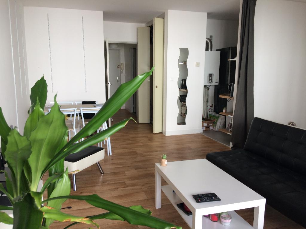 Appartement  1 pièce(s) 40 m2 - CENTRE