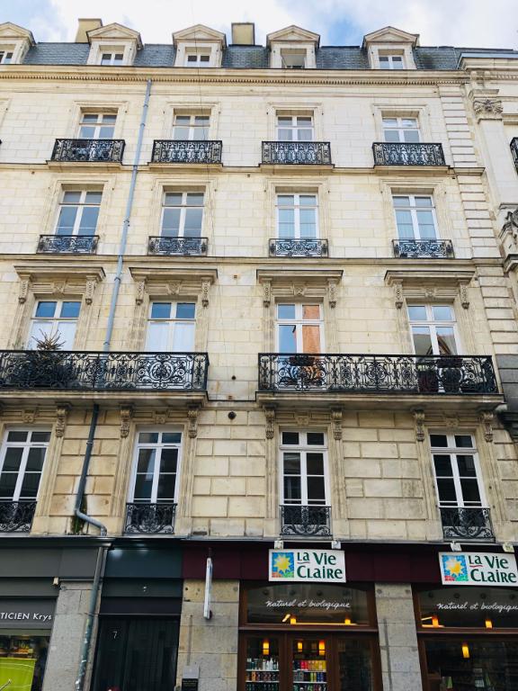CENTRE VILLE - LES HALLES Appartement Rennes 5 pièce(s) 124 m2